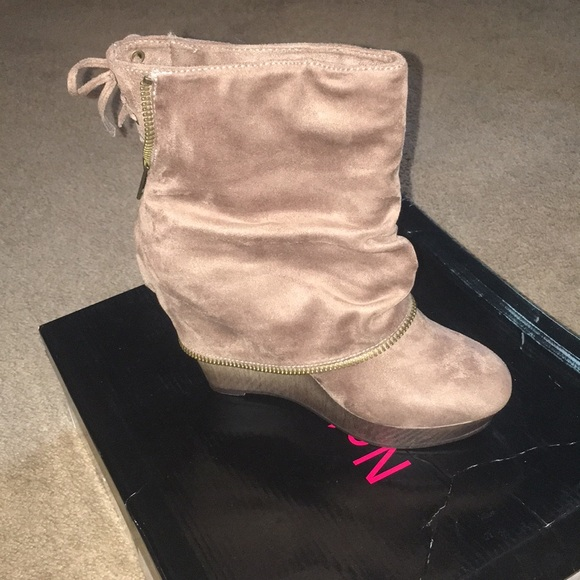 Not Rated Shoes - Women Short cut boots